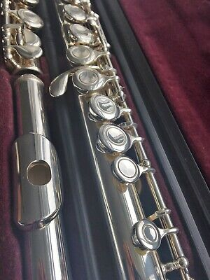 Yamaha 211 Silver-Plated Closed-Hole Flute - Offset G, Split E & C-Foot - Superb