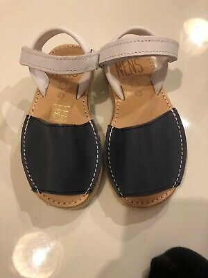 girls spanish menoracan sandles size 27 (uk 9.5)