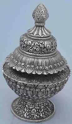 Collectable Handwork Old Miao Silver Carve Flower Auspicious Exorcism Box Statue