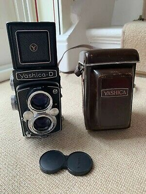 Yashica-D TLR camera with full case - used - excellent working order