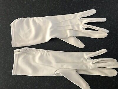 Ladies true vintage Cream 3/4 Length Nylon Gloves