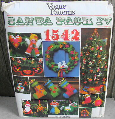 Vintage Vogue 1542 Santa Pack 4 Pattern Christmas Accessories New*