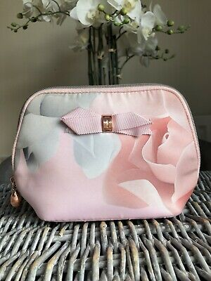 Ted Baker Toiletry Make Up Bag Pink Floral Cosmetic bag