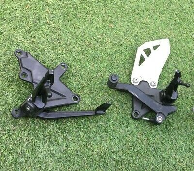 Kawasaki ZX10R Front Footrest Set Left & Right Steps Hangers & Pedals