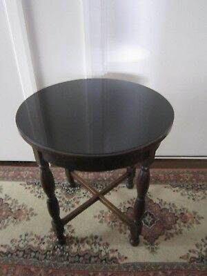 Wonderful Antique Vintage Tudor Large Round Display Side Table with Glass Top.