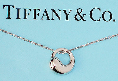 Tiffany & Co Elsa Peretti Sterling Silver Eternal Round Circle Pendant Necklace