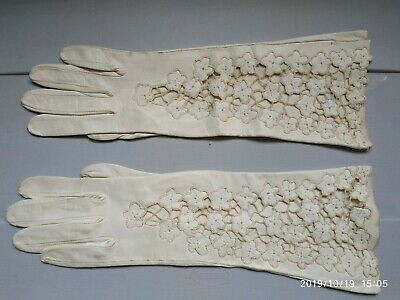 vintage 1950s Leather with Lacework Woman Gloves