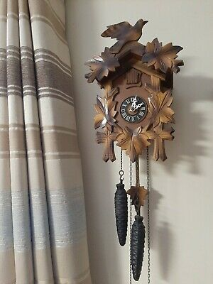 Antique Vintage Working Cuckoo Clock **Look**