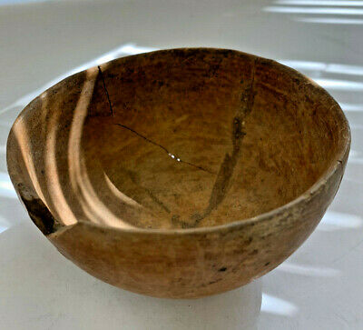 Ancient Pre-Columbian terracotta bowl chipped rim