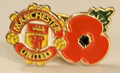 Manchester United Club And Country Collectable Football Pin Badge