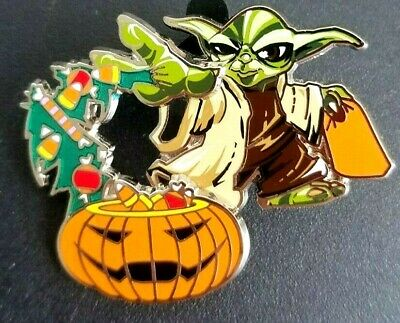 Disney Pin 117195 Yoda and Pumpkin Halloween 2016 Star Wars