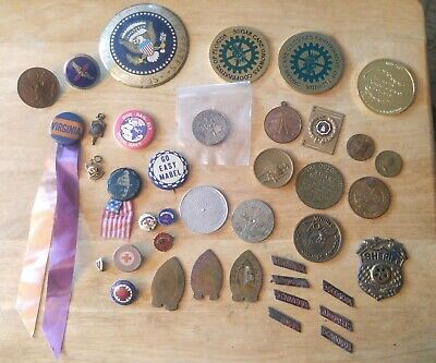 ESTATE JUNK DRAWER LOT  MILITARY  COINS TOKENS BUTTONS PINS 1930s 1940s 1950s