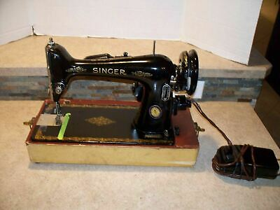 705 Beautiful VINTAGE SINGER SEWING MACHINE- 66-16  MOTOR BA3-8