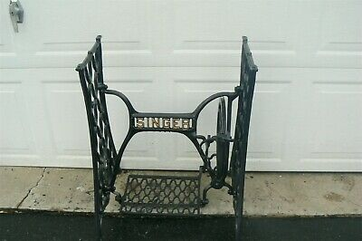 Antique 1900 Model 27  SINGER Treadle Sewing Machine Base