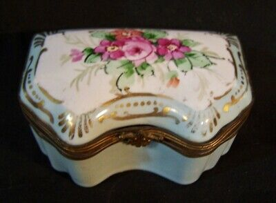 Antique Porcelain HandPainted Trinket Ring Pill Jewelry Box ROSES Limoges Amoges