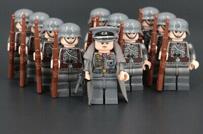 WWII WW2 World War 2 German Soldier 11 mini figure moc 98k officer captain army