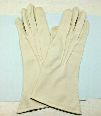 Vintage Ladies Off- White Cream gloves Nylon Simplex Size 7. Day wear gloves
