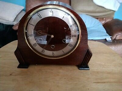 Beautiful Oak Cased, Westminster Chiming Mantel Clock Recently Overhauled