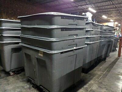 Toter AMT 15 1.5 Cubic Yard Mobile Truck