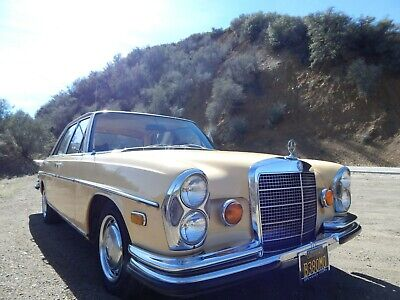 1969 Mercedes W108 280SE Lenkrad Automatik USA Import Hollywood Cognac TEX Radio