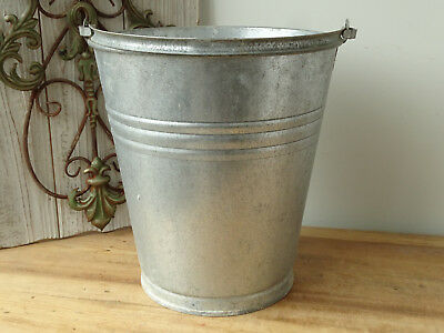 T4610 Old Zinc Bucket Zinc Plated Zinc Bucket Close