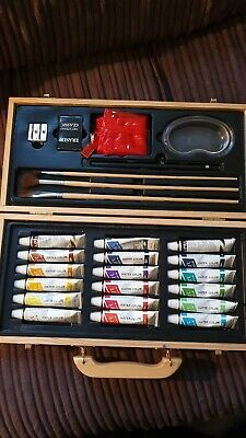 Art Studio classic - water color colour set - brushes and paints