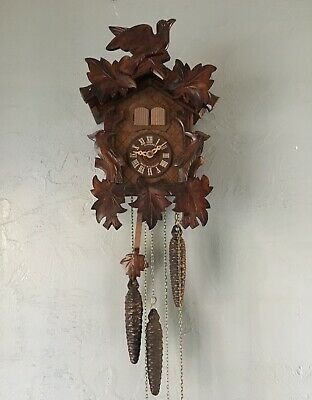 Vintage Schneider Musical Cuckoo Clock 1 Day Black Forest 3 Weight Germany Made