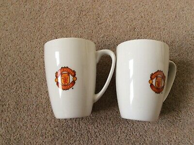 2 X Official MANCHESTER UNITED FC LOGO CUPS (COFFEE/TEA) CERAMIC