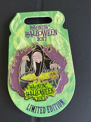 Disney Parks / Evil Queen Haunting Halloween 2017 Pin LE