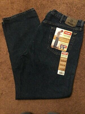 Wrangler Mens Jeans Five Star Relaxed Fit 42 x 32 Denim Blue Jeans NWT