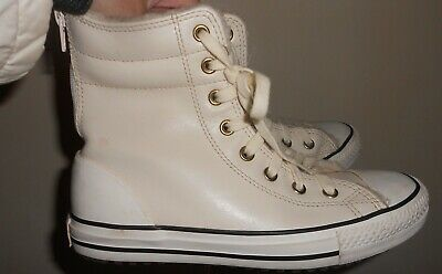 Converse Chuck Taylor All Star Leather Fur Lined Shoes Unisex Size 2 white vgc