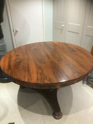 An early Victorian Rosewood Antique Dining Table