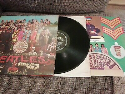 The Beatles - 1st Mono Press Of Sgt Peppers Lonely Hearts Club Band With Cutout