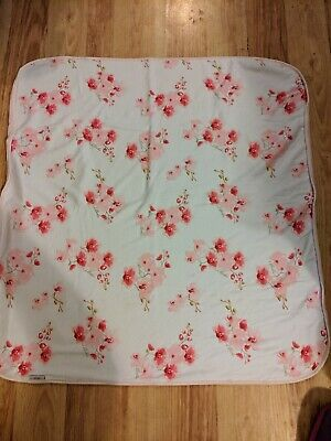 Ted Baker Baby Girls Blanket gorgeous floral gold writing very good condition