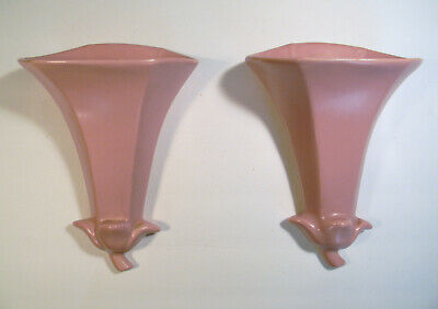 Vintage Abingdon Pair Of Wall Pockets In Pink