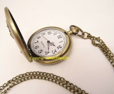 Quartz Pocket Watch With Metal Case Chain and Classic Dial Anchor Sailor