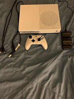 Microsoft Xbox One S 500GB Video Game Console 1681 White With Controller/charger
