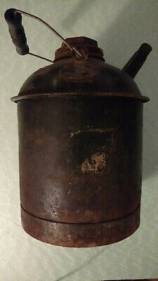 Vintage Original  Eagle Metal Can (Gas, Oil, Kerosene) With Spout-