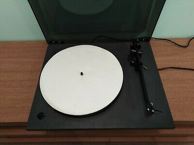 NAD 533 turntable ( REGA PLANAR 2 )