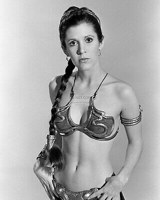 """Carrie Fisher As """"Princess Leia"""" Star Wars - 8X10 Publicity Photo (Mw043)"""