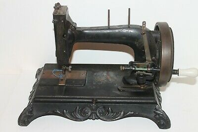 Rare Vintage Antique Victorian Sewing Machine Hengstenberg The Robina 1895