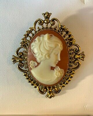 Avon Cameo Perfume Locket Brooch Pin Vintage Victorian Style Beautiful Lady Face