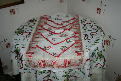 Mixed Lot Christmas Table Linen Tablecloth/ Runner/ 5 Table-napkins.