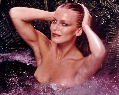 Cheryl Ladd Unsigned 8x10 Photo (103)