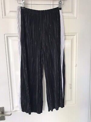Girls New Look Black Crop Trousers Age 12/13 Yrs