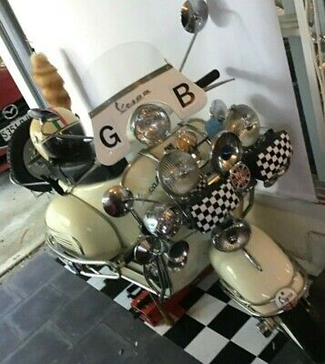 Vespa 1966 Sprint 150  Collectors Item