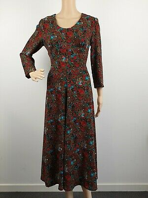 Vintage 70s Retro Fit and Flare Floral Dress / Size 10