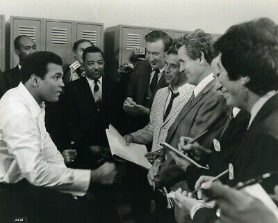 USA Sports Cassius Clay in The Greatest Muhammad Ali Old Photo 1977 #1