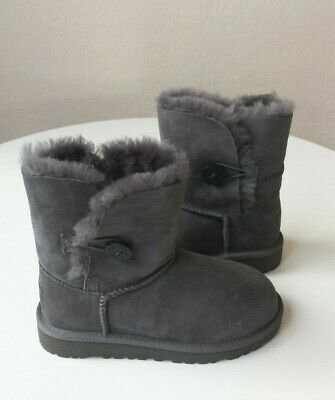 UGG Australia Bailey Button Grey Kids Size 01 5991 K
