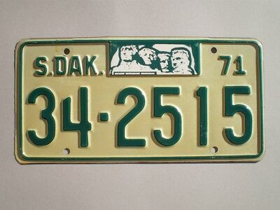 Authentic 1971 South Dakota License Plate